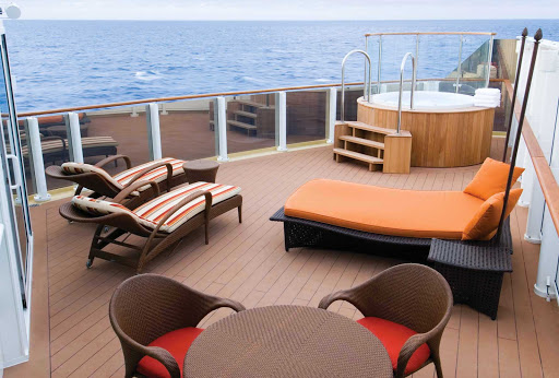 Norwegian-Pearl-Stateroom-Deluxe-Owners-Suite-Sundeck - The Deluxe Owner's Suite with Large Balcony gives you access to the exclusive sun deck where you can sunbathe, soak in the hot tub or enjoy magnificent views of the sea.