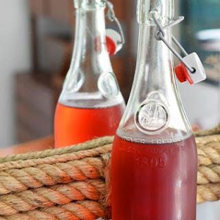 Hibiscus-Earl Grey Iced Tea.