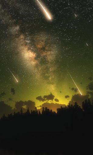 黄金の空と流れ星