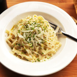 Lighter Fettuccine Alfredo Recipe