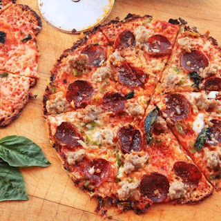 Extra-Crispy Bar-Style Tortilla Pizza Supreme