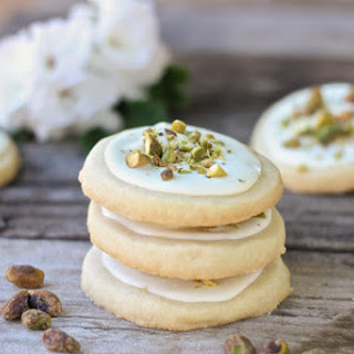 White Chocolate Pistachio Shortbread Cookies