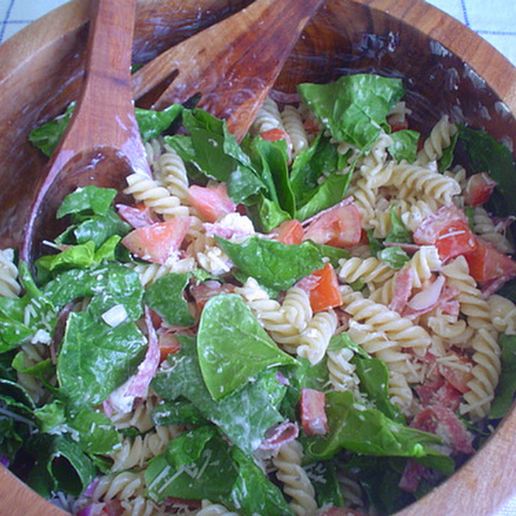 Pasta, Spinach and Goat Cheese Salad