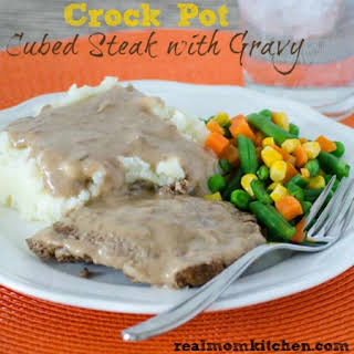 Crock Pot Cubed Steak and Gravy.