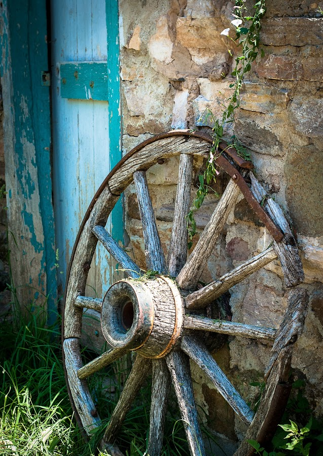 Old wagon wheel...Forgotten. by Dawn Paul - Artistic Objects Antiques (  )