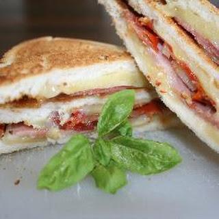 La Dolce Vita club sandwich