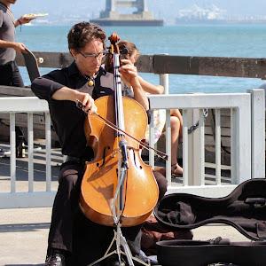 CelloPlayer.jpg