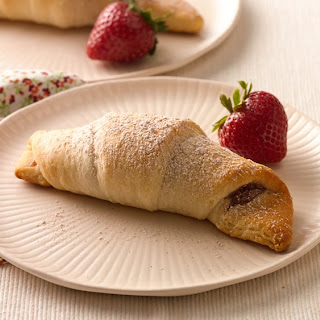Caramel-Cinnamon-Strawberry Crescents
