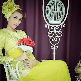 In Yellow by Muhammad Fairuz Samsubaha - People Portraits of Women ( female, yellow, photo, portrait, photography )