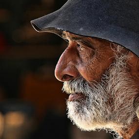by Fernando Alves Fotografia - People Portraits of Men