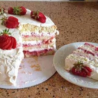 Best Strawberry Cake.