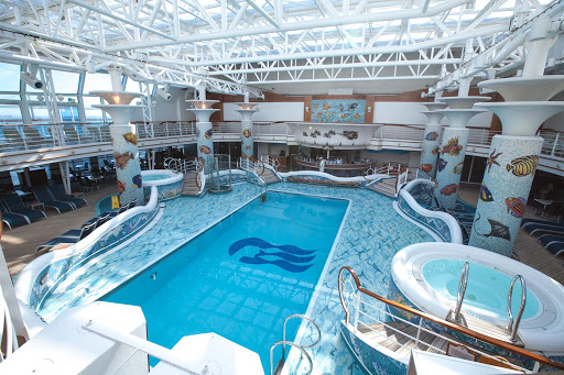 Star-Princess-Family-Pool - The Family Pool on deck 14 of Star Princess.