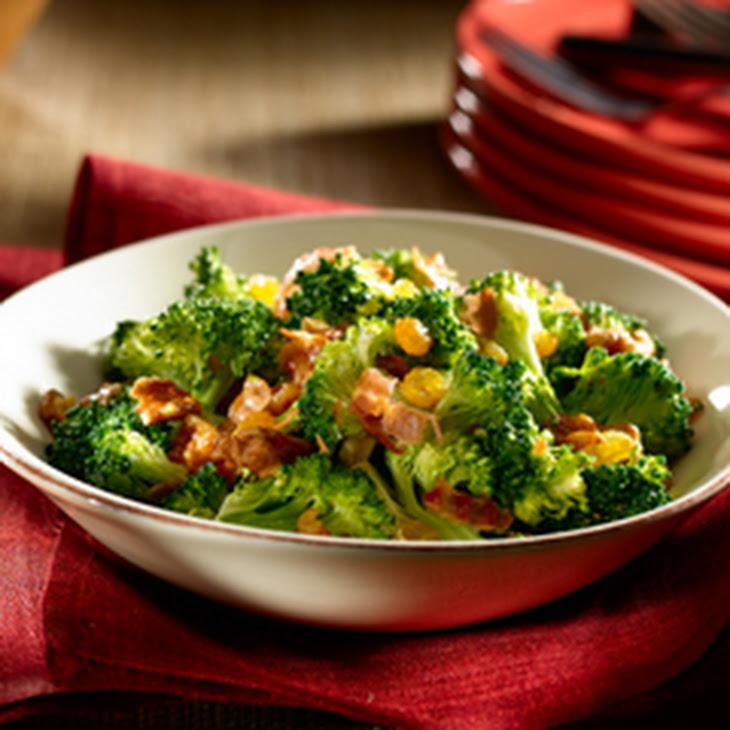 Fan Favorite Broccoli Salad Recipe