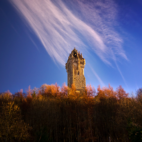 The National Wallace Monument by Grzegorz Gluchy - Buildings & Architecture Statues & Monuments ( history, stirling, scotland, hero, monument )