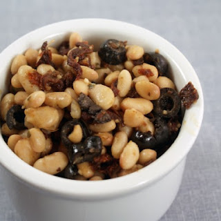 White Beans with Sun Dried Tomatoes
