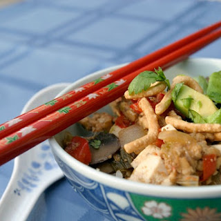 Asian peanut sauce beansprouts tofu could