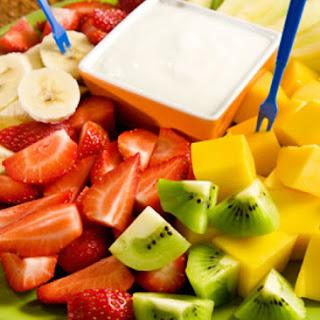 Vanilla Yogurt Dip for Fresh Fruit.