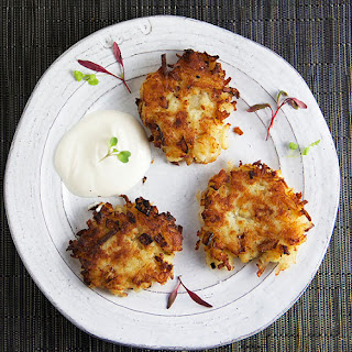 EASY POTATO LATKES