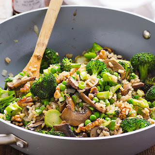 Clean Eating Portobello Mushrooms and Broccoli Stir Fry