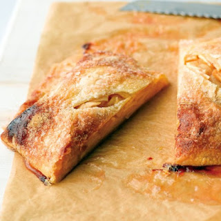 Apple-Cinnamon Strudel.