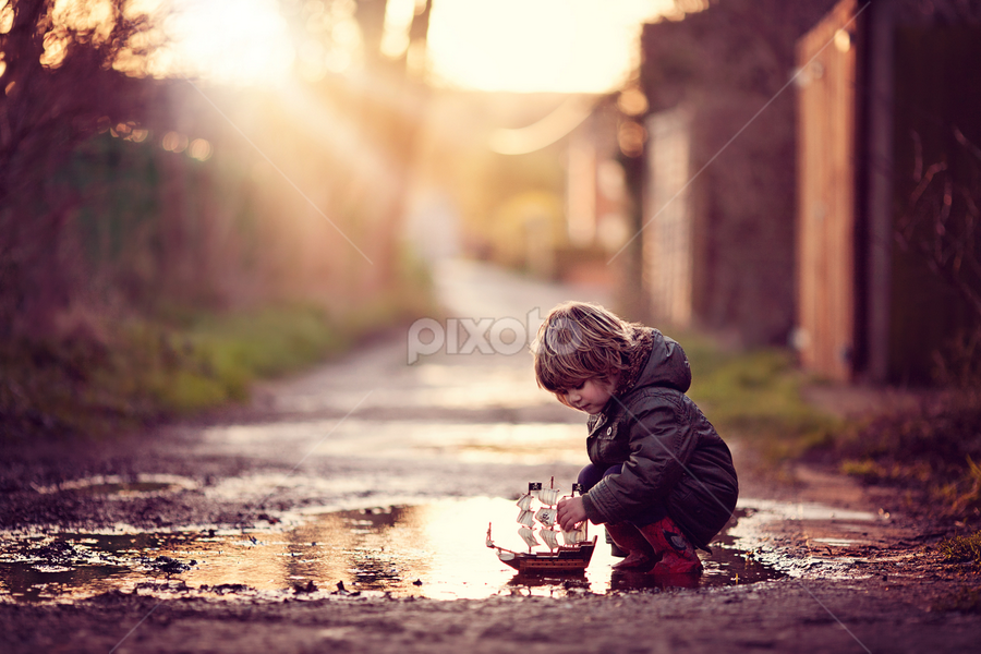 My Boat by Claire Conybeare - Chinchilla Photography - Babies & Children Toddlers ( playing, england, sweet, winter )