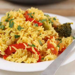 Vegetarian Paella With Chickpeas.