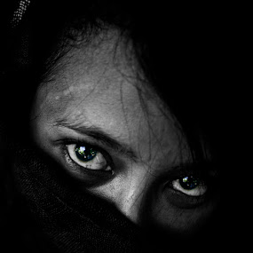 The Eye by Rah Juan - Black & White Portraits & People ( blackandwhite, women, people, portrait, eye, Emotion, human,  )