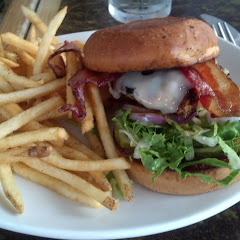 BBQ Chicken Sandwich with Gluten Free Bun & Fries