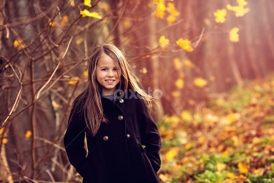 Emi by Claire Conybeare - Chinchilla Photography - Babies & Children Child Portraits