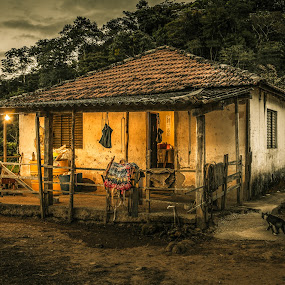 old house by Marcos Lamas - Buildings & Architecture Homes ( abandoned, building,  )