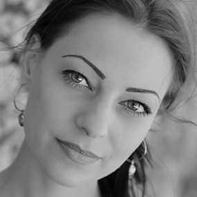 by Ivelin Zhelyazkov - Black & White Portraits & People ( style, wild hair, woman, makeup, art, natural light model, varna photographer, nikon, portrait )