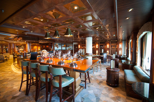 Star-Princess-Vines-Wine-Bar-2 - The Vines Wine Bar on deck 5 is open from 11 am to 11 pm and offers complimentary sushi and tapas with all drinks purchased.