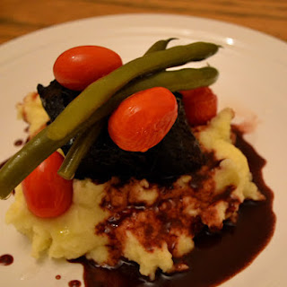 Cinnamon and Cocoa Braised Short Ribs with Mashed Potatoes and Poached Tomatoes