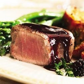 Peppered Steak with Blackberry Sauce