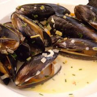 Mussels In Gewürztraminer With Chives And Cream.