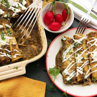 The Best Creamy Chicken Enchiladas