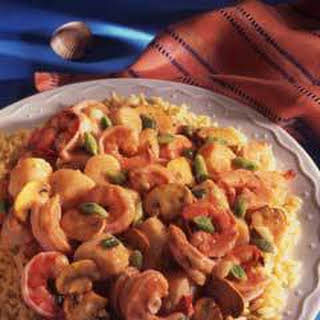 Seafood In Creamy Garlic Sauce.