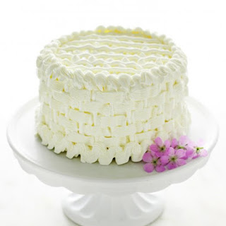Almond Cake With Buttercream Frosting Recipes.