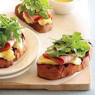 Grilled Open-Face Ham, Brie, and Arugula Sandwiches Recipe