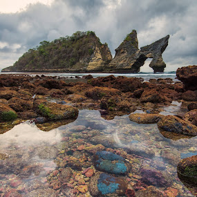 Colorful Rocks of Atuh Beach by Kristianus Setyawan - Nature Up Close Rock & Stone ( clouds, atuh beach, bali, skyline, coral, waterscape, indonesia tourism, clouds and sea, cloudscape, nusa penida, beach, seaside, seascape, morning, landscape, nature, rocky beach, indonesia, landscape photography, nature up close, colorful rocks, rocks, skyscape )