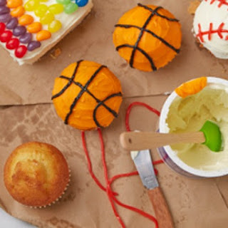 Baseball & Basketball Cupcakes.